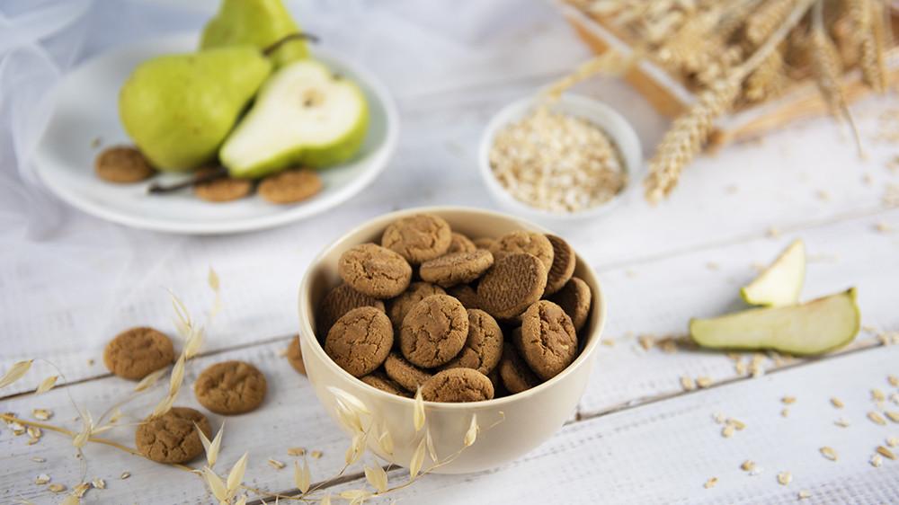 «Овсяное» с грушей и мускатным орехом